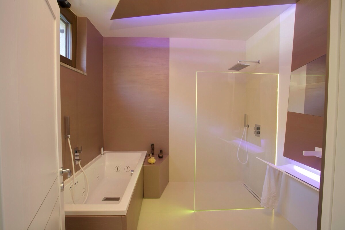 Pareti in resina bagno interesting bagno prima e dopo in